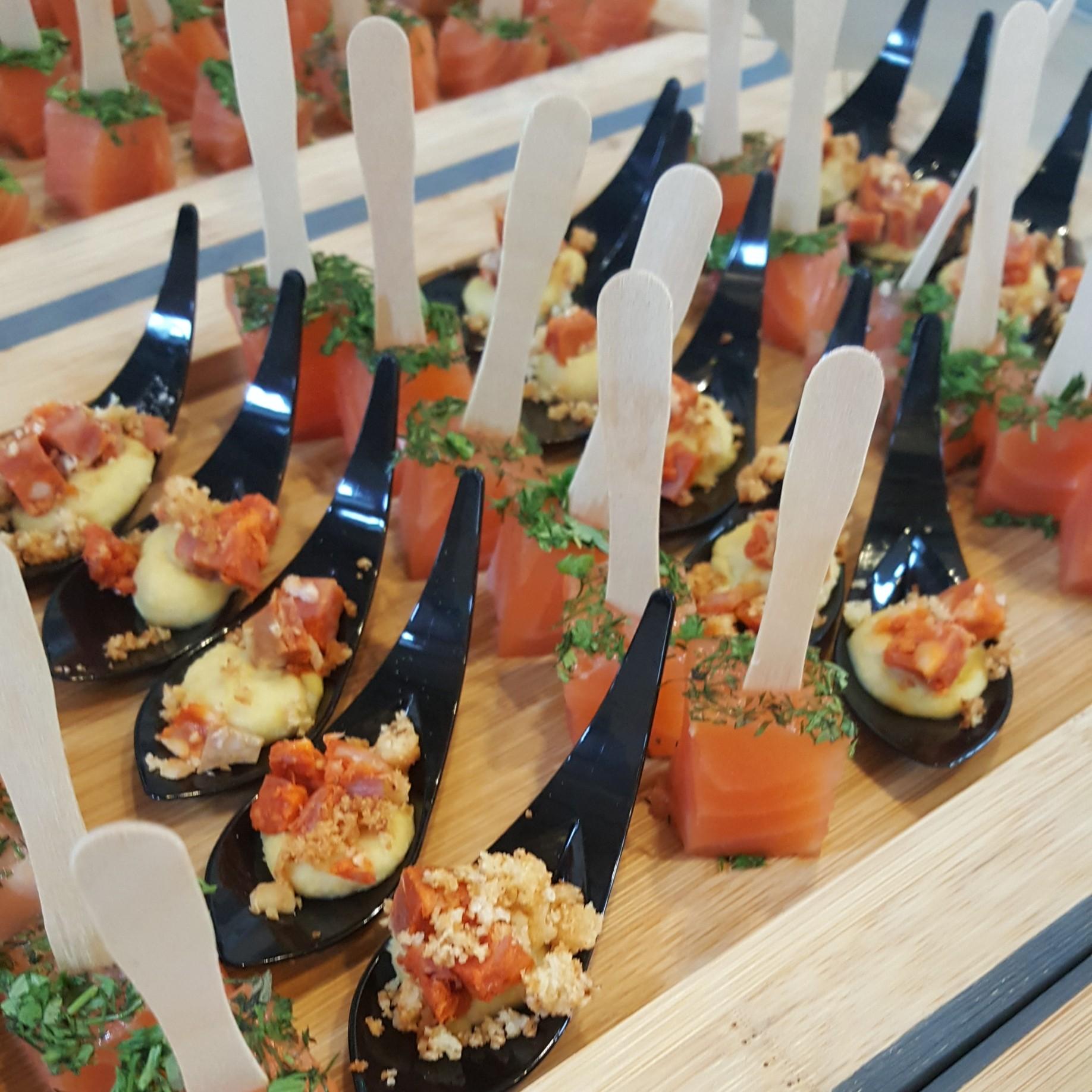 Chistera houmous chorizo cubique de saumon