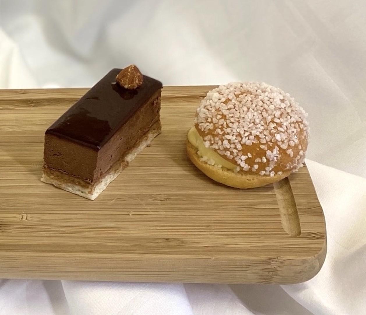Croustillant chocolat praline miroir cacao et mini trope zienne vanille