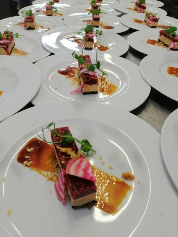 Rectiligne de foie gras et betterave